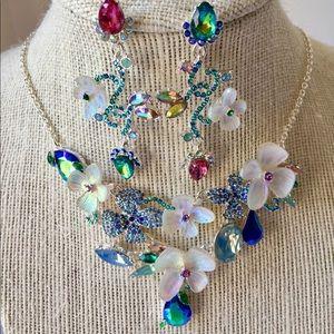 Betsey Johnson Set, White Flowers Blue Crystals